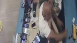 İstanbul'da, GSM hattı açılmayan şahıslar silahla saldırdı