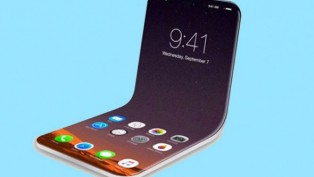 Teknoloji devinden katlanabilir telefon hamlesi