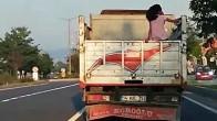 Bolu-Ankara karayolunu kamyon kasasında gitti