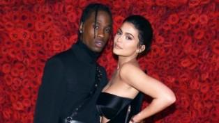 Kylie Jenner'a erken doğum günü kutlaması
