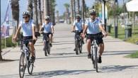 Martı polis timleri, günde 30 km bisiklet sürüyor.
