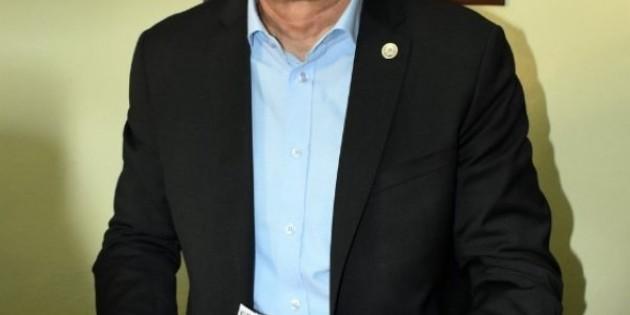TZOB Başkanı Bayraktar Alanya'daki tarım alanlarında