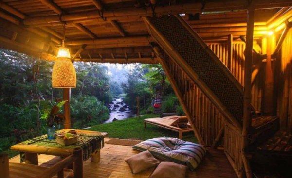 """Bali'nin Bambu Evleri """"Balayı Evleri"""" Fiyatı 227 dolar"""