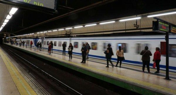 İspanya'da etek altı görüntüsü çeken şahıs tutuklandı