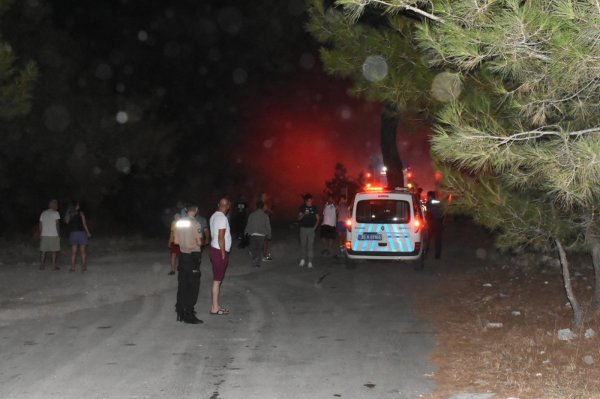 İzmir'de 2'nci kez aynı yerde orman yangını