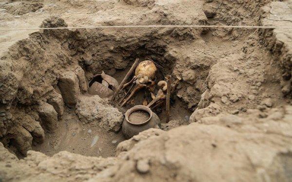 Peru'da 227 çocuğa ait mezar bulundu