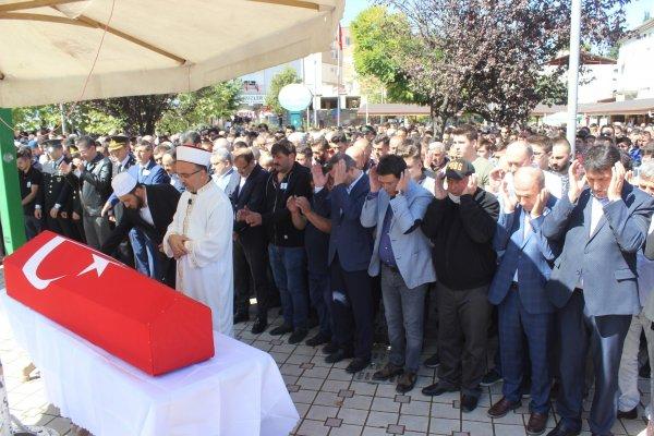 Askerde beyin kanaması geçiren şehit için tören düzenlendi