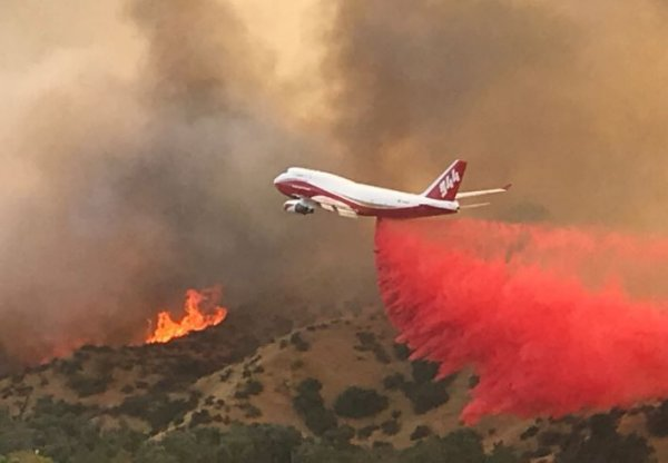Orman Bakanlığı yangına karşı Boeing 747'leri araştırıyor