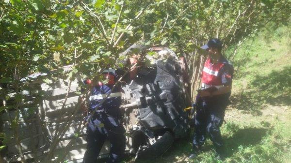 Zonguldak'ta araç 60 metreden dereye yuvarlandı: 1 ölü