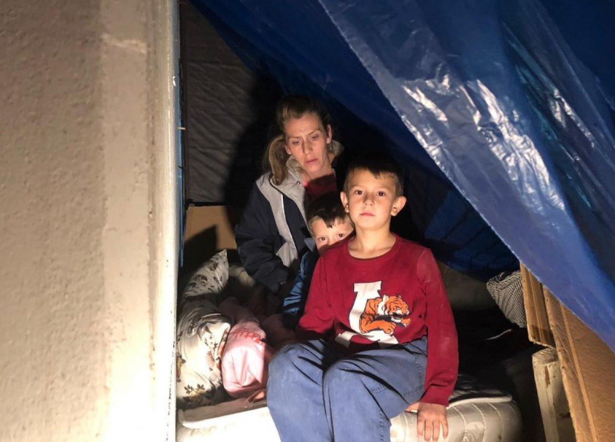 Altındağ'da iki çocuklu aile sokakta kaldı