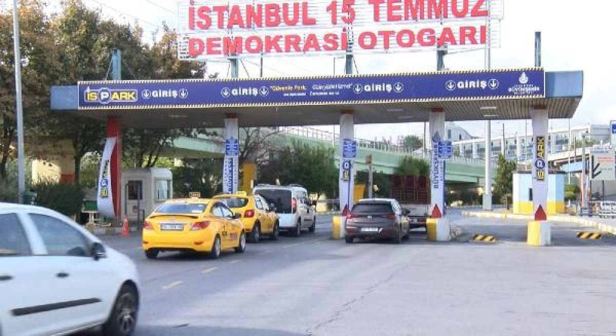 Esenler Otogarı'ndaki taksiciler bekleme parası alıyor