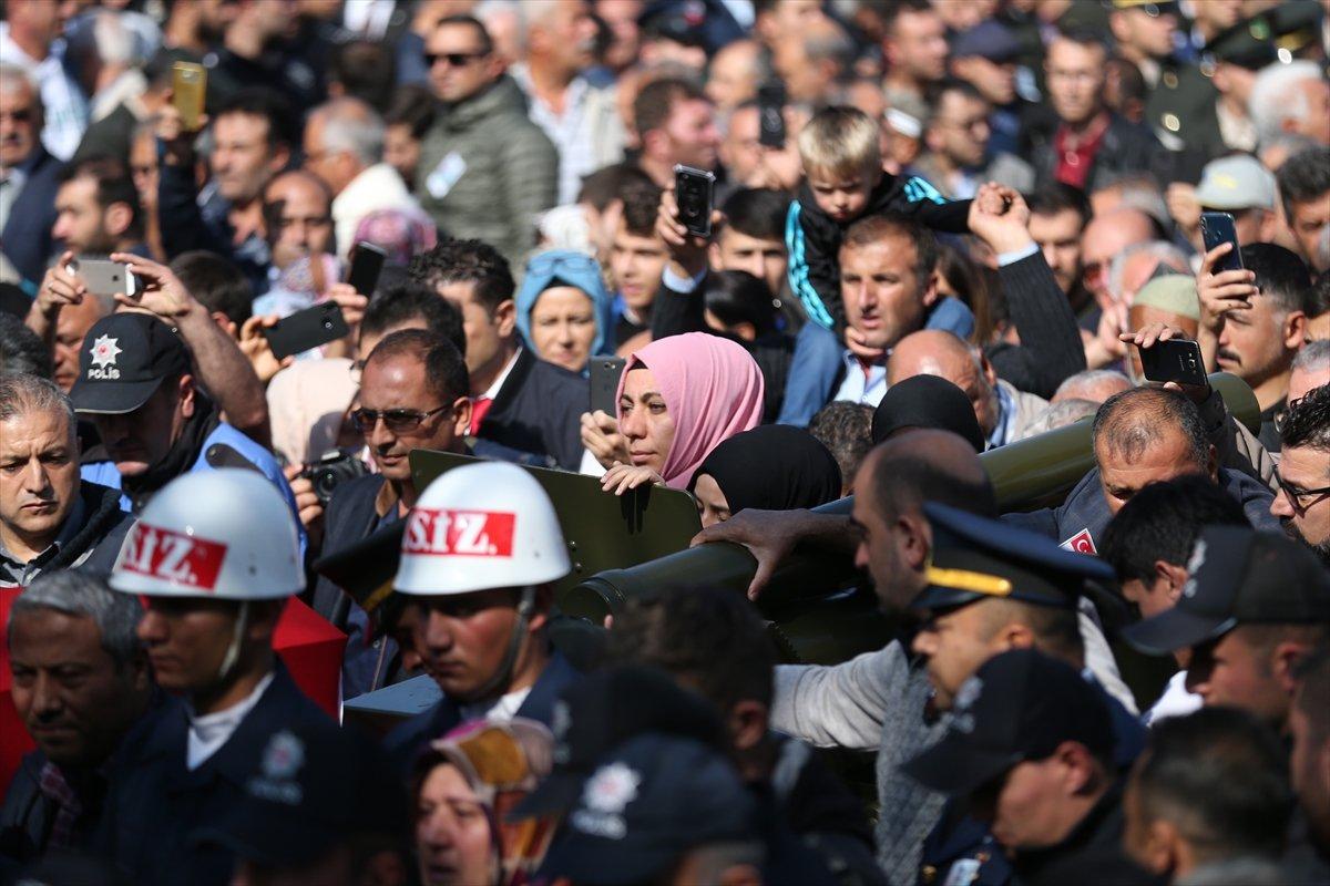 Şehit Altunok, Kayseri'de toprağa verildi