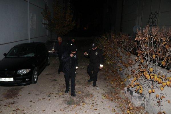 Nevşehir'de 4 kişi dur ihtarına uymayıp polise ateş açtı