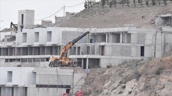 4 bin 333 kaçak yapıdan 519'unun yıkımı gerçekleşti