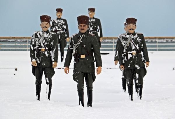 Karadeniz'de kar esareti; okullar tatil -10