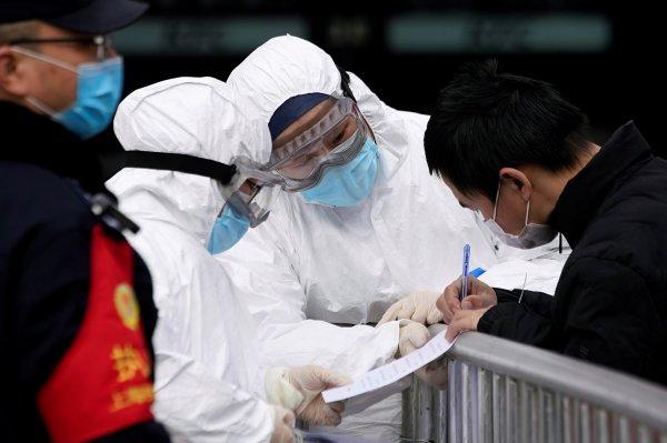 Koronavirüsten ölenlerin sayısı 426'ya yükseldi